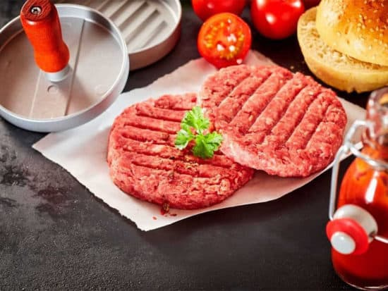 There are many kinds of burger press in the market