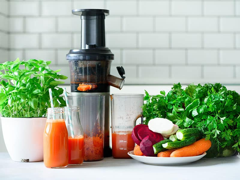 Making Fresh Drink Juicer Carrot